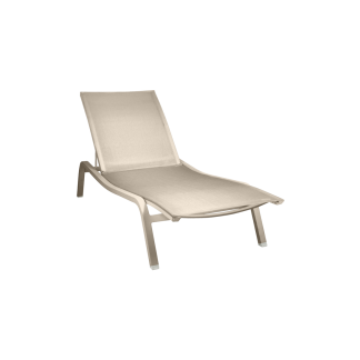 Fermob Alize ligbed sunlounger xs nutmeg
