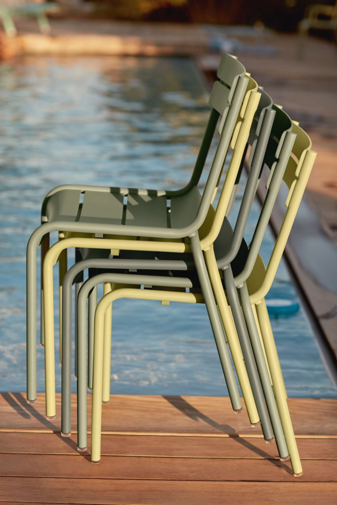 fermob luxembourg stoel artmeetsdesign tuin terras en serremeubelen. Black Bedroom Furniture Sets. Home Design Ideas